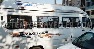 delhi rishikesh tour by 16 seater tempo traveller